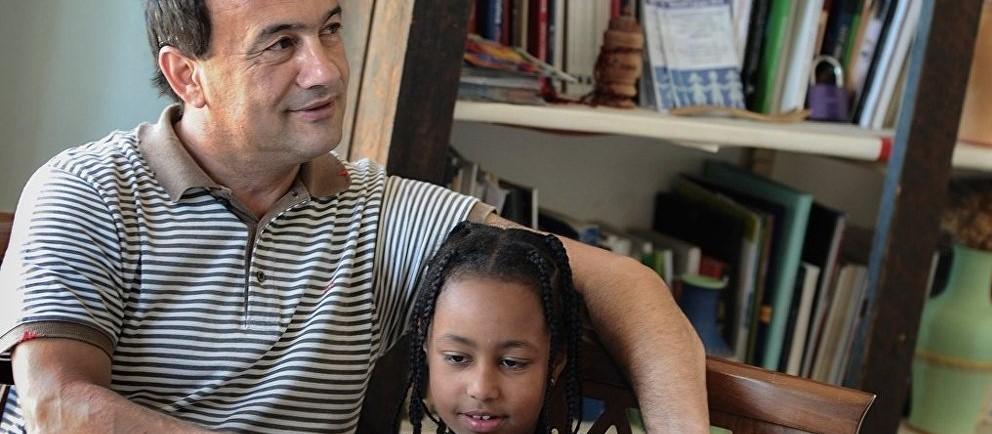 İtalya'da göçmen dostu belediye başkanına ev hapsi